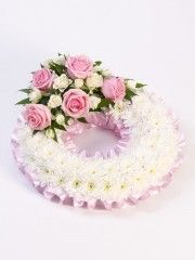 Traditional Wreath - White & Pink